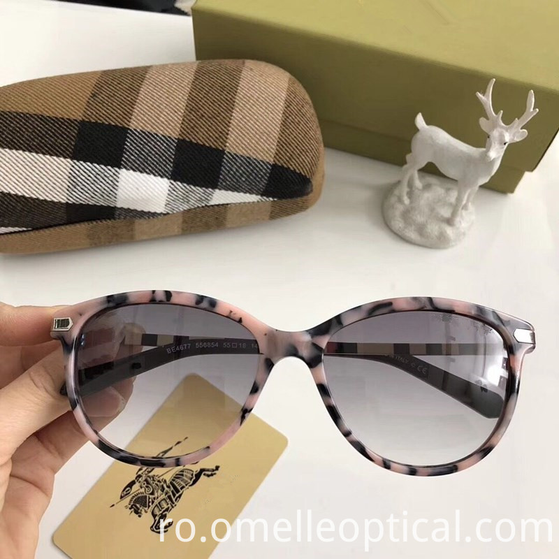 Mirrored Sunglasses Black Frame
