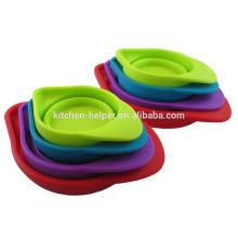 Профессиональный производитель Пользовательские жаропрочных Пищевой класс Красочный силиконовый мерный стакан / мерный стаканчик