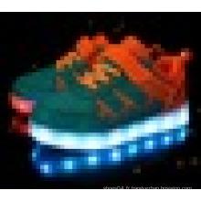 Unisexe USB rechargeant des chaussures de skate léger à LED pour enfants