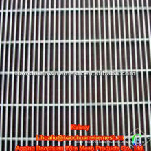 Welded wire mesh seedbed nets panel