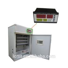 Die Temperatur und Luftfeuchtigkeit des Inkubator-Controllers wird automatisch geändert