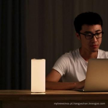 2018 novo design de proteção para os olhos candeeiro de mesa para leitura e trabalho flexível led cama lateral lâmpada de leitura