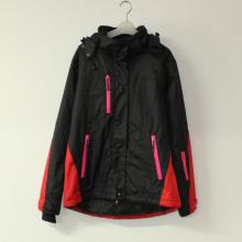 Negro costura grabado chaqueta acolchada impermeable de la pongis del poliester con adulto