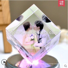 Fashion 3d Laser Crystal Cube With Engraved Photo For Wedding decoration