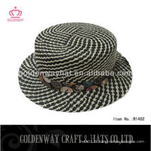 Chapeau de maillot de paille designer