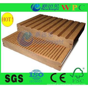 Resistente ao Fogo e Ambiental WPC Solid Deck Flooring