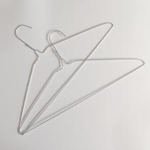 Cintre de fil de vêtements en métal galvanisé par blanchisserie