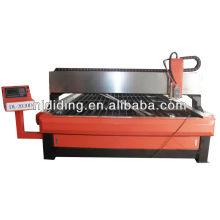Machine coupe-plasma pour la coupe d'un métal épais