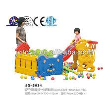 JQ3034 Kids plástico pequeno jogo slides com bola piscina