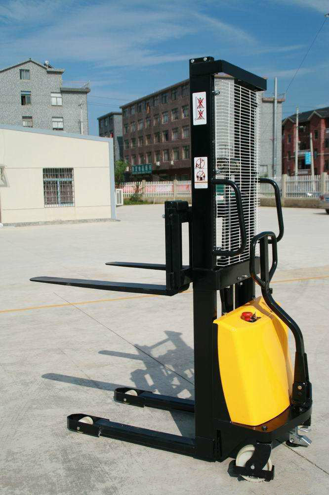 Electric Stacker 2 Ton
