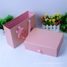 Boîte-cadeau de papier d'emballage de carton de tiroir rose rectangulaire