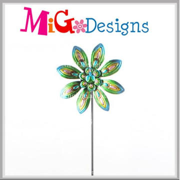 Hot Selling Metal Peacock Design Wind Spinner Garden Stake