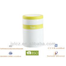 recipiente de té de cerámica con banda de silicona y borde de silicona en la tapa