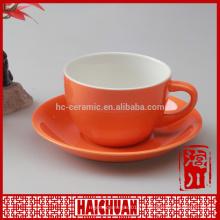 Tasse à thé en grès antique et soucoupe couleur unie