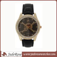 Relógio de quartzo do charme caveira Fashion