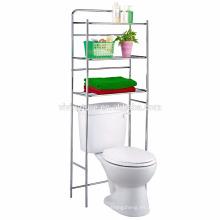Almacenamiento sencillo en el estante OverToilet en la habitación del baño