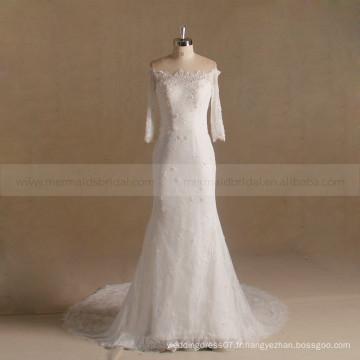 Fracture Fish Cut Off épaule à manches longues Perles Fleurs Robe de mariée en dentelle Train de chapelle