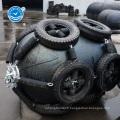 Aile pneumatique sous-marine en caoutchouc pour accostage de navires