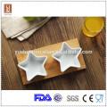 Heißer Verkauf weiße keramische Sternform Tapas eingestellt mit Bambusbehälter