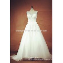 Hermosa princesa ver a través de los vestidos de boda blanca trasera con beadings