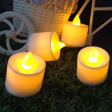 Flickering wedding LED tealight candles