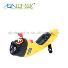 Emergency hand crank flashlight