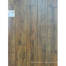 Synchronized Embossed Wax Cover V-Groove Laminate Flooring