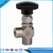 1/4 Female NPT Angle Needle Valve