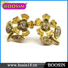 Boucle d'oreille fleur à la main / boucle d'oreille fleur d'or / boucle d'oreille en cristal