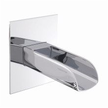 UK-Style Recessed Waterfall Bathtub-------- Faucet