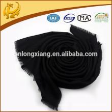 ODM Custom Real Material Multi-usage Foulard en laine noire Herringbone