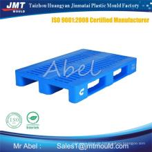 Kunststoff-Paletten-Formteil