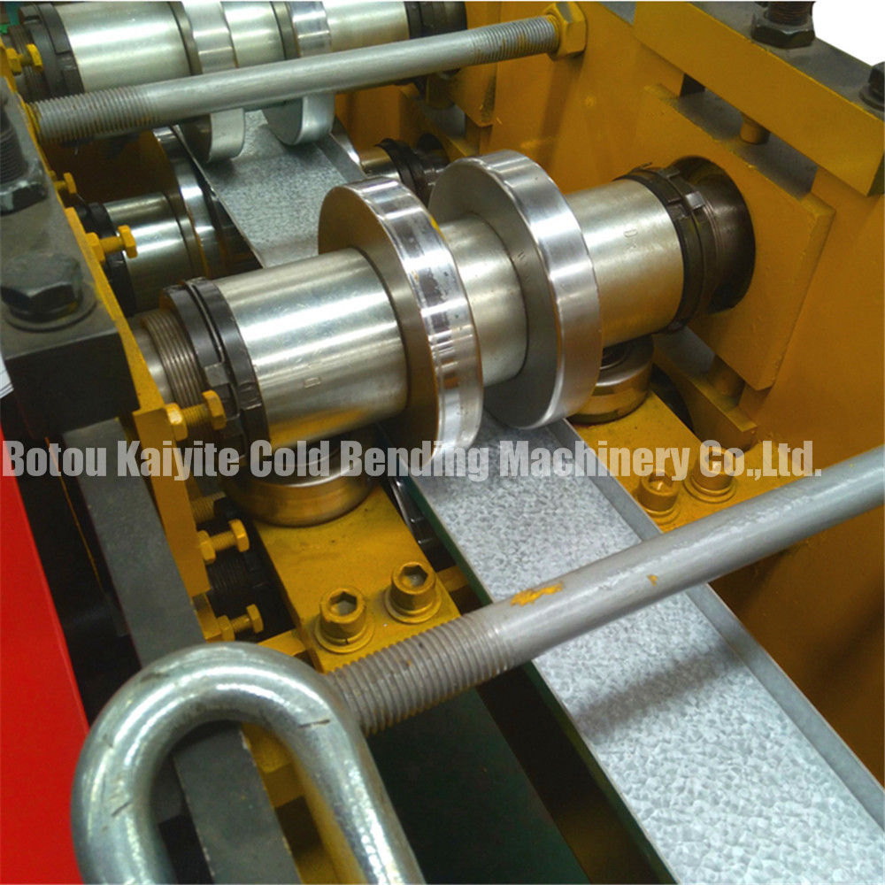 Colored Used C Z Purlin Roll Forming