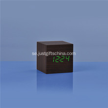 Promotional LED Trä Square Desk Clock