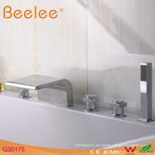 Grifo para bañera con cubierta de 5 orificios con ducha manual