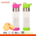 Private Label BPA Free Plastic Infuser Fruit Bottle With Handle Lid