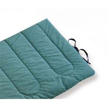 Low weight envelope style military sleeping bag