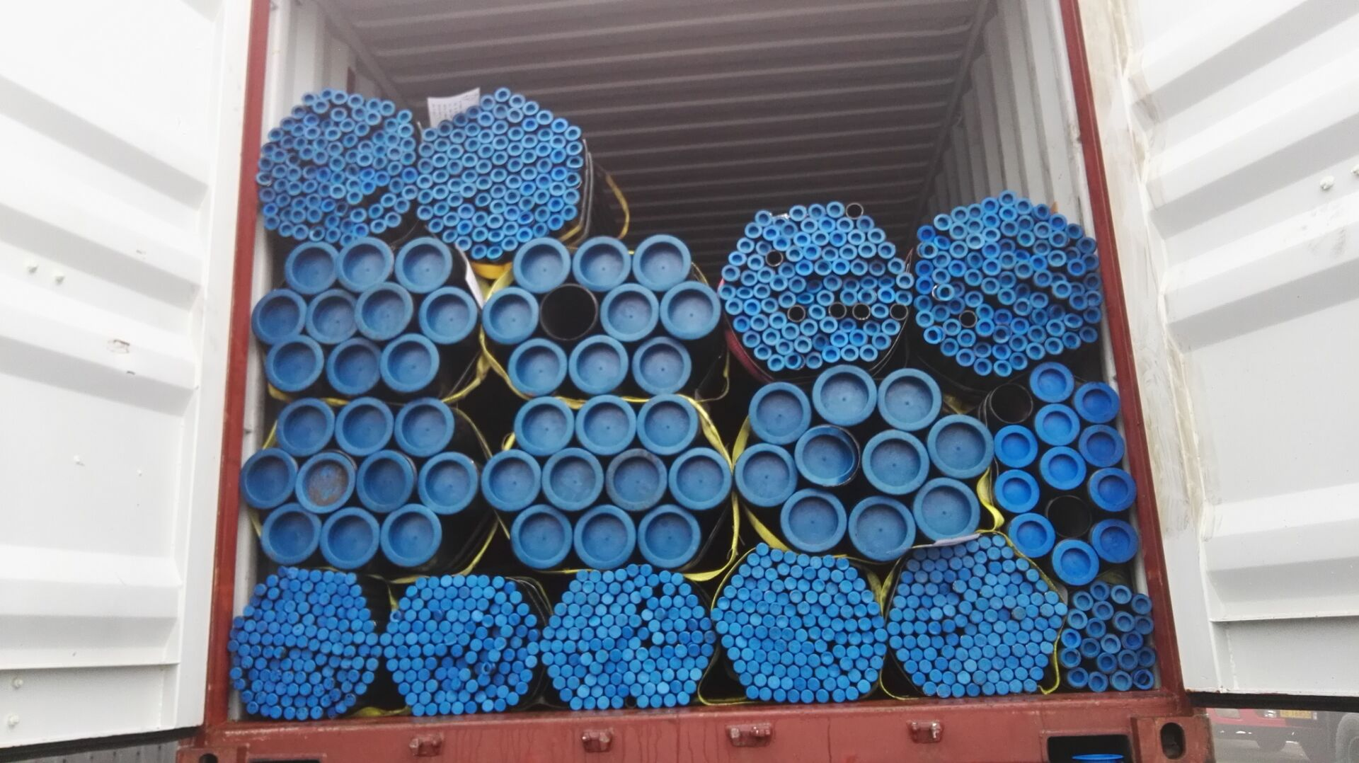SEAMLESS STEEL PIPE A335 P5
