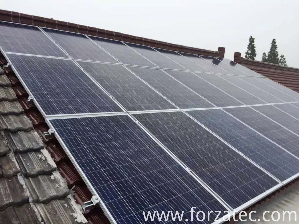 solar power system on roof