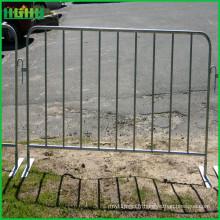 Clôtures temporaires et barrières de contrôle des foules de la sécurité routière