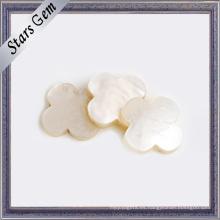 Natural blanco flor hermosa forma Shell para joyería