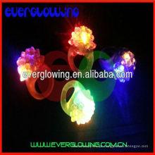 Itens de festa LED Anel piscando