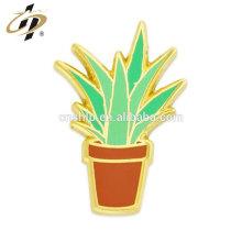 China Anstecknadel Hersteller benutzerdefinierte Aloe Pflanze Pin mit Emaille