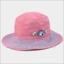 Chapeaux en strass