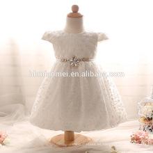 Vestido de bautizo corto de las nuevas muchachas baratas del bebé con el vestido de cumpleaños del vestido del bautismo del vestido del bautismo del vestido de cumpleaños del blanco / rosado de las perlas del cordón