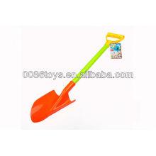Пластмассовая лопата для детей