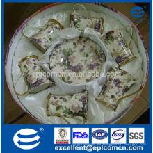 De lujo de oro y púrpura flores decalque de hueso china juego de té para seis personas en stock