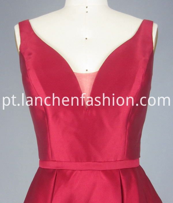 Bridesmaid Dresses Red detail