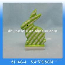 Belle figurine en lapin en céramique, ornement de lapin en céramique
