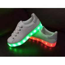 Heiße neue Art und Weise LED Schuhe für Männer